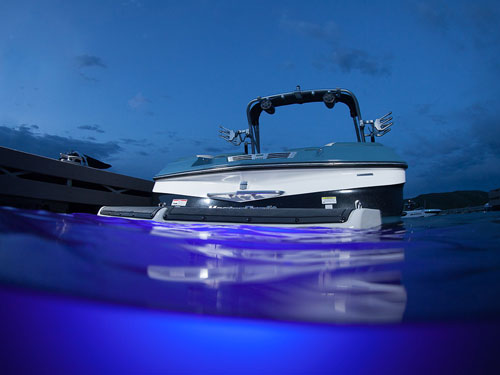 2013 Mastercraft X30 With Blue Liquid Lumens Underwater Lights