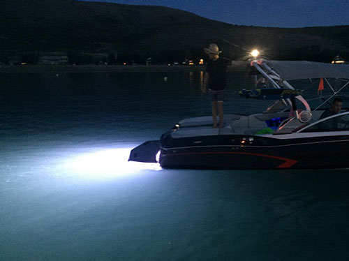 Mastercraft NXT With Liquid Lumens White Underwater Lights